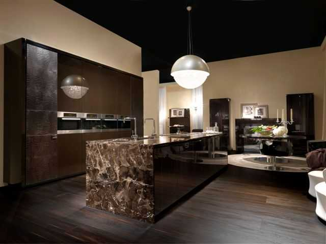 Arredamento cucine idee e consigli per mobili cucina for Cucine moderne lusso