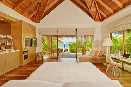 Beach Bungalow Interior_r.jpg